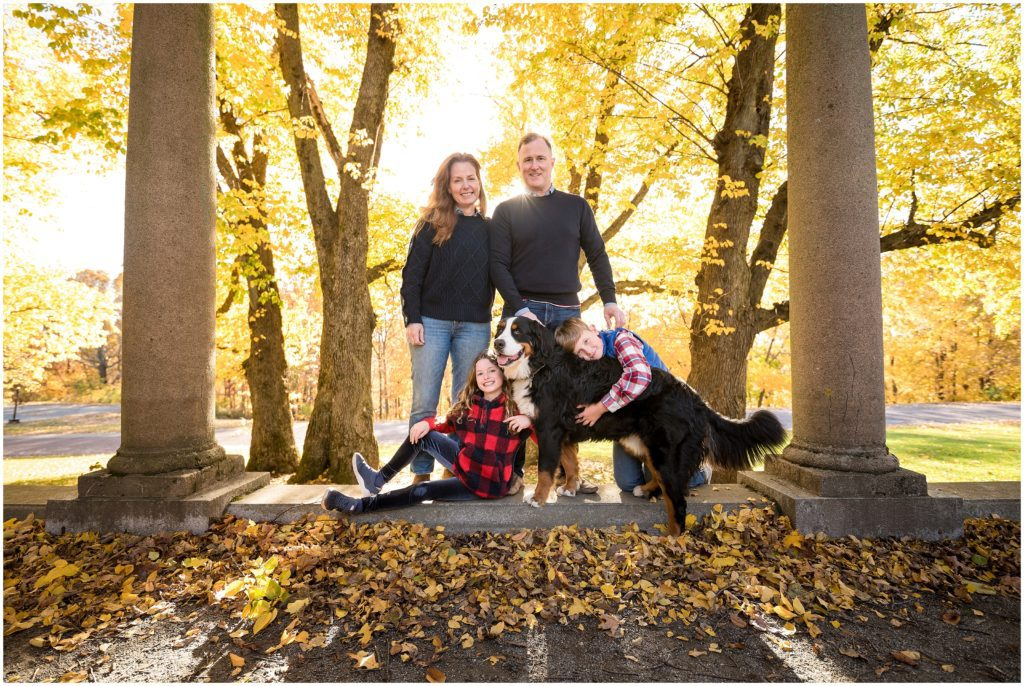 Fall Family Photos in Larz Anderson Park
